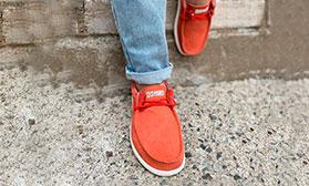Мгновенная отгрузка обуви: собственные бренды!